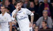 Sergio Ramos festeja el tanto de la igualada en el Clásico