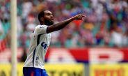Luiz Antonio festeja durante un partido del Club Bahía