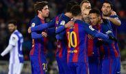 Jugadores del Barcelona festejan el gol de Neymar