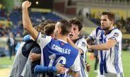 Los futbolistas de la Real Sociedad festejan el gol frente a Las Palmas