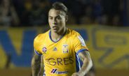 El chileno Edu Vargas, en un partido con Tigres