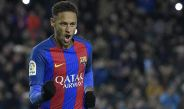 Neymar festeja un gol con Barcelona