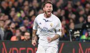 Sergio Ramos festeja un gol con el Real Madrid frente al Barcelona