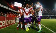 Arévalo y sus compañeros celebran el único gol del encuentro
