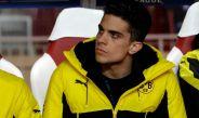 Marc Bartra luce pensativo en un duelo del Dortmund