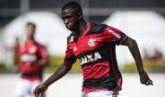 Vinicius Junior disputa un juego con Flamengo