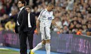 Ronaldo sale molesto tras un cambio de Capello
