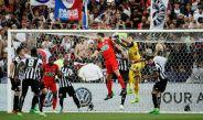 Ocasión de gol por parte del PSG