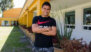 Martínez posa para la cámara de RÉCORD en Coapa