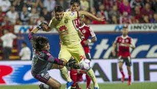Oribe Peralta anota su gol contra Xolos
