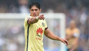 Javier Güémez durante el partido contra Pumas