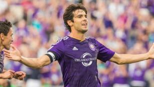 Kaká celebra un gol con el Orlando City