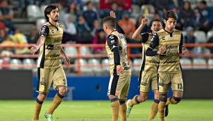 Lacerda festeja su gol contra Pachuca