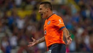 Chaco festeja tras anotarle un gol al Atlas