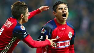 La Chofis López festeja uno de sus dos goles contra Rayados