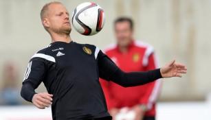 Olivier Deschacht durante un entrenamiento con Bélgica