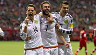 CH14, Layún y Lozano festejan una anotación contra Canadá