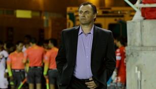 Carlos Bustos antes del partido contra Coras