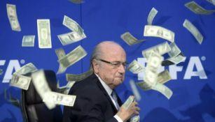 Blatter en polémica rueda de prensa