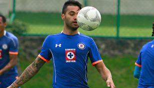 Julián Velázquez entrena en las instalaciones de La Noria