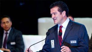 Carlos Hermosillo en ceremonia de investidura en el salón de la fama