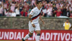 Alan Pulido, durante juego de Chivas contra Toluca