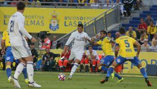 CR7 saca un disparo durante el partido contra Las Palmas