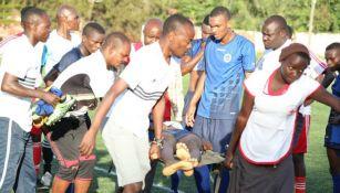 Futbolista fallece durante un partido del Mbao FC en Tanzania