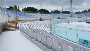 Estadio del Pescara cubierto de nieve