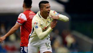 Cecilio festejar tras marcar contra Veracruz