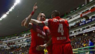 Rodrigo Salinas festeja su gol frente al León