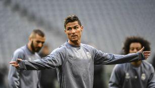 Cristinao Ronaldo, durante un entrenamiento con el Real Madrid