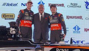 Vijay Mallya, junto a los pilotos Hulkenberg y Checo Pérez