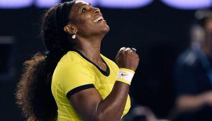 Serena Williams celebra tras una victoria en Australia