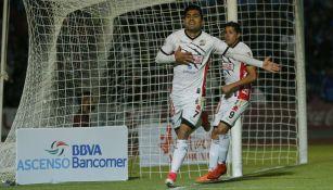 Escoto festeja su gol contra Alebrijes