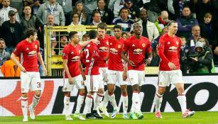 Man Utd festeja gol en el Constant Vanden Stock
