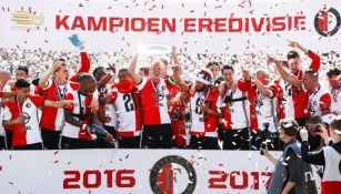 Feyenoord levanta el título de la Liga de Holanda