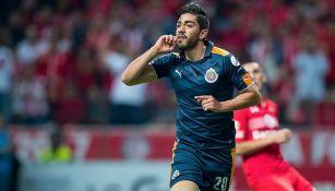 Pizarro celebra su gol contra Toluca