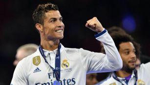 Cristiano Ronaldo después de recibir la medalla de Campeón de la Champions