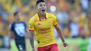 Ruidíaz celebra una anotación en el Clausura 2017