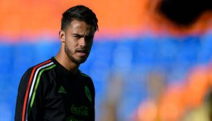 Diego Reyes captado en un entrenamiento de México