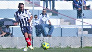 Walter Gargano en partido con Rayados de Monterrey