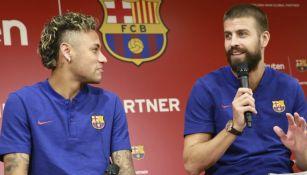 Neymar y Piqué en un evento del Barcelona