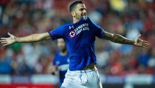 Edgar Méndez festeja un gol contra Tijuana