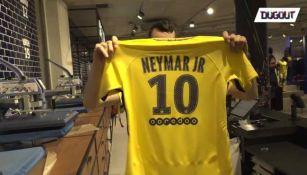 La playera del PSG con el nombre de Neymar