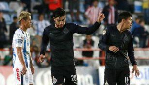 Rodolfo Pizarro festeja gol en el Estadio Hidalgo