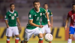 Héctor Moreno en el partido de México contra Costa Rica