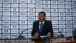 Eduardo de la Torre, en conferencia de prensa