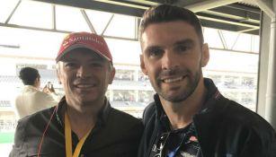 José Luis Higuera y Mauro Boselli posando para la foto en el GP de México