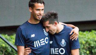 Héctor Herrera en entrenamiento con el Tri